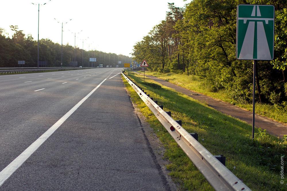 На автомагістралі МЗ до Будапешту обмеження руху - працюватиме лише одна смуга